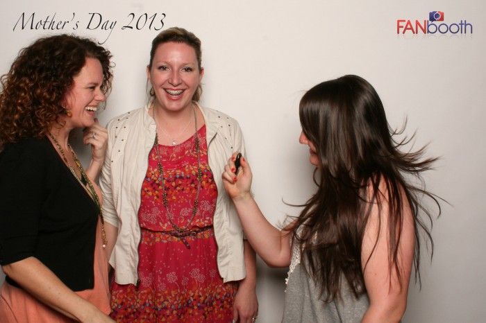 FANbooth-1825-X3
